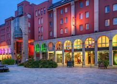 Ibis Epernay Centre Ville - Epernay - Edificio