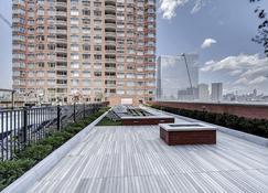 Global Luxury Suites at Newport - Jersey City - Edificio