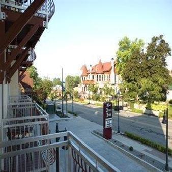 Marv Herzog Hotel - Frankenmuth - Außenansicht