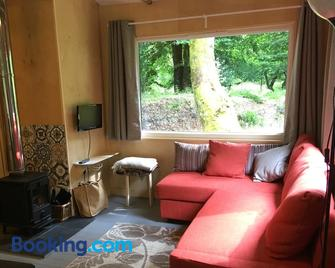 Woodland Cabins, Glencoe - Ballachulish - Wohnzimmer