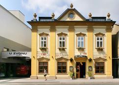 Hotel U Zvonu - Vrchlabí - Edificio