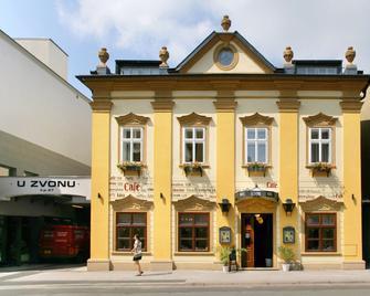 Hotel U Zvonu - Hohenelbe - Gebäude