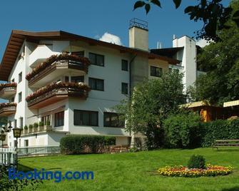 Aparthotel Stern - Imst - Edificio