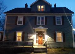 Willow House Inn B&B - Pictou - Building