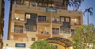 Inn Cairns Boutique Apartments - Cairns - Building