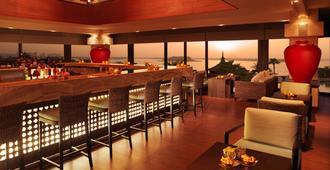 Anantara The Palm Dubai Resort - Dubai - Bar