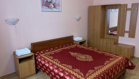 Inn on Zhytomyrska - Kyiv - Bedroom
