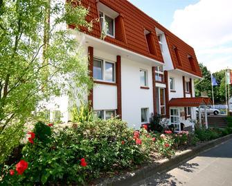 Hotel Arador-City - Bad Oeynhausen - Building