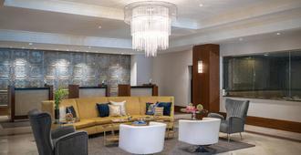 Renaissance Des Moines Savery Hotel - דה מואן - טרקלין