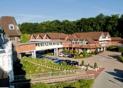 Upstalsboom Landhotel Friesland - Varel - Gebouw