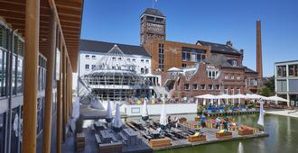 Factory Hotel - מינסטר - בניין