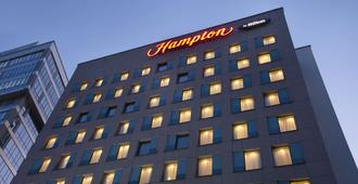 Hampton by Hilton Minsk City Centre - Minsk - Edificio