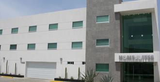 Home Suites Rotarismo - Culiacán