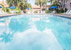 Plaza Hotel Fort Lauderdale - Fort Lauderdale - Pool