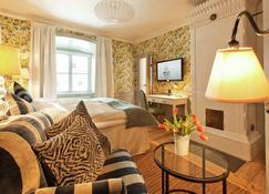 Rosersbergs Slottshotell - Rosersberg - Bedroom