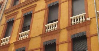 أوتل لو باستي - تولوز - مبنى