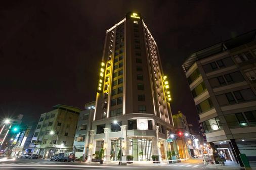 F Hotel Kaohsiung - Kaohsiung - Rakennus