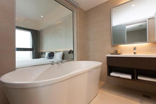 F Hotel Kaohsiung - Cao Hùng - Phòng tắm