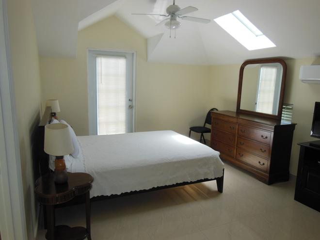Carib Club - Providenciales - Bedroom