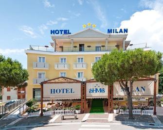 Hotel Milan - Rosolina - Gebäude