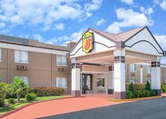 Super 8 by Wyndham Grand Prairie North - Grand Prairie - Rakennus