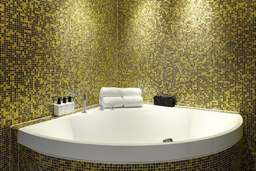 Scandic Europa - Gothenburg - Bathroom