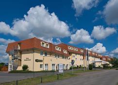 Hotel Sachsen Anhalt - Barleben - Building
