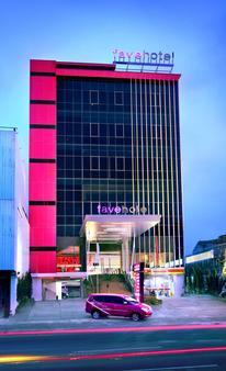 フェイブホテル パサール バル - ジャカルタ - 建物
