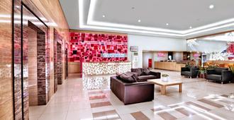 favehotel Pasar Baru - Jakarta - Lobby