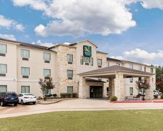 Quality Suites - Huntsville - Gebäude