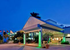 Holiday Inn Ponce & Tropical Casino - Ponce - Building