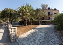 Rooms Villa Basica - Saplunara - Außenansicht