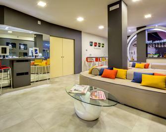 La Villa, Sure Hotel Collection by Best Western - Ivrea - Recepción