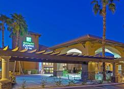 Holiday Inn Express & Suites Rancho Mirage - Palm Spgs Area - Rancho Mirage - Building