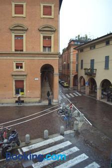 B&B La Piazzetta Della Pioggia - Μπολόνια - Κτίριο