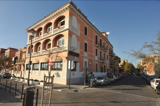 Miramare - Ladispoli - Building