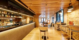 RACV/RACT Hobart Apartment Hotel - Hobart - Bar