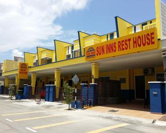 Sun Inns Rest House Kuantan - Kuantan - Rakennus