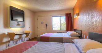Motel 6 Las Vegas - I-15 - לאס וגאס - חדר שינה