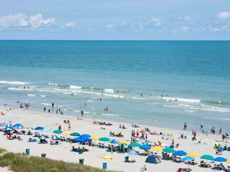 Carolinian Beach Resort - Myrtle Beach - Beach