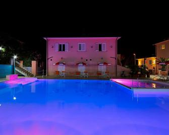 Bolgheri Marina Resort Ex Varo Village Hotel - Bibbona - Pool