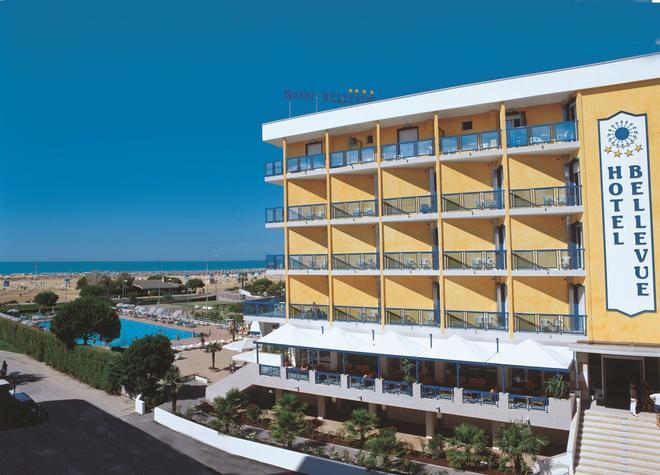 Hotel Bellevue - Bibione - Building
