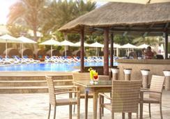Fujairah Rotana Resort & Spa - Al Aqah Beach - Al Aqah - Bar