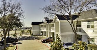 Studio 6 Dallas-Garland Northeast - Dallas - Toà nhà