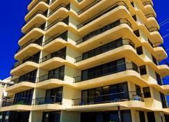 Pelican Sands Beach Resort - Tugun - Edifício