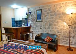 Apartments Parteli - Kotor - Living room