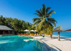 Centara Ras Fushi Resort & Spa Maldives - Giraavaru - Alberca