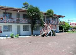 Burgundy Rose Motel - Whangarei - Building