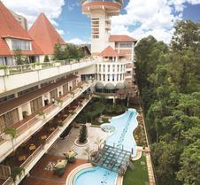 Golf Course Hotel
