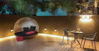 Brown Seaside by Brown Hotels - Tel Aviv - Patio